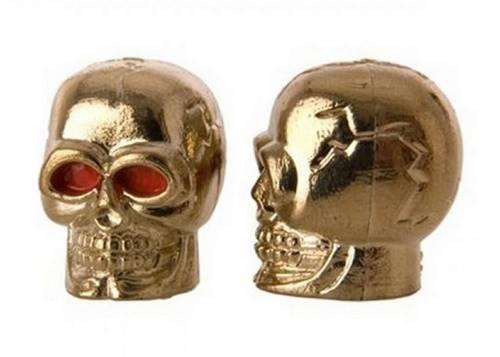 Колпачок для камеры TW V-20 в виде черепа из пластика, золотистого цвета (в комплекте 4шт) Автомобильного стандарта